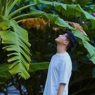 国际新锐制作人James Lee 曝夏日写真 清爽相遇展现盛夏新悸动