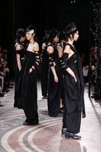 Yohji Yamamoto 2017春夏高级时装秀
